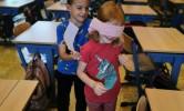 we helpen elkaar de weg te vinden in de klas
